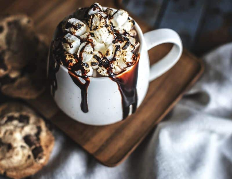 chocolate-chip baked beverage biscuit